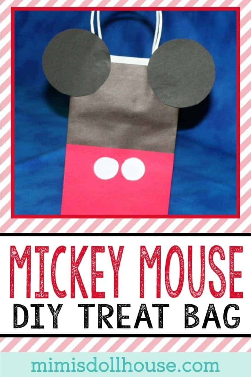 DIY Mickey Mouse Treat Bag. Looking for a super simple DIY for your Mickey Mouse themed party? This easy treat bag is sure to be a hit at your party. Be sure to check out all of our Mickey Mouse party ideas and inspiration.#mickeymouse #disney #diy #crafts #party #partyideas #parties #kids #birthday
