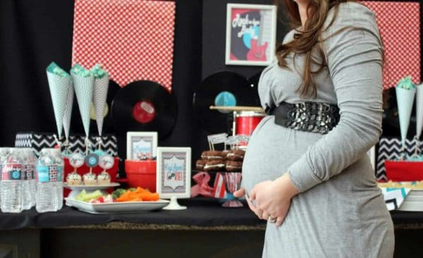 Throwing a baby shower? How about having a rocking good time with this rock & roll baby shower. This rock n roll shower is full of rock party ideas. #rock #rockabye #babyshower #baby #diy #party #parties #partyideas