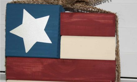 Easy DIY Wood American Flag for July 4th