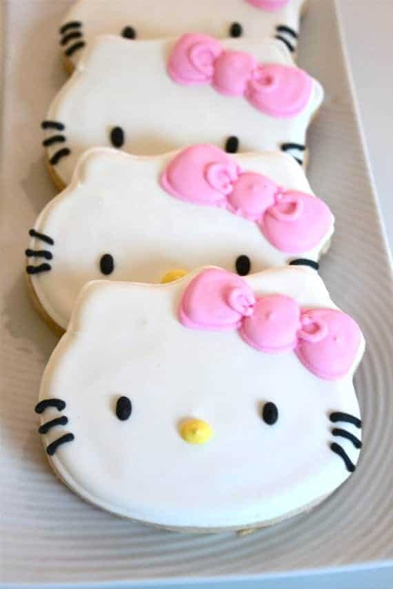 Hello Kitty Party: Sweet Kitty Treats-Mimi's Dolllhouse