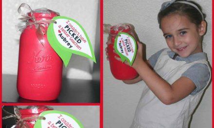 Back to School: Apple Mason Jar Teacher Gift