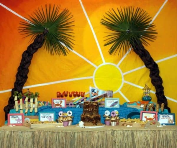 Keep Cool with these Hot Summer Party Themes! Looking for some sizzling summer party ideas? This post is full of some of the best trends in summer parties. From the pool to the beach to the park, we have got you covered!