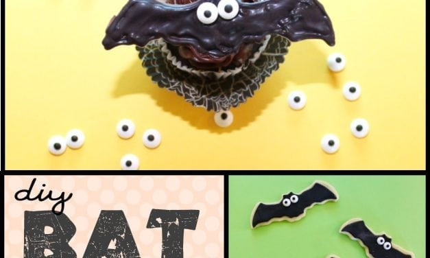 Halloween: DIY Bat Cupcakes & Bat Cookies