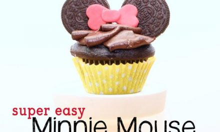 Super Easy Minnie Mouse Cupcakes