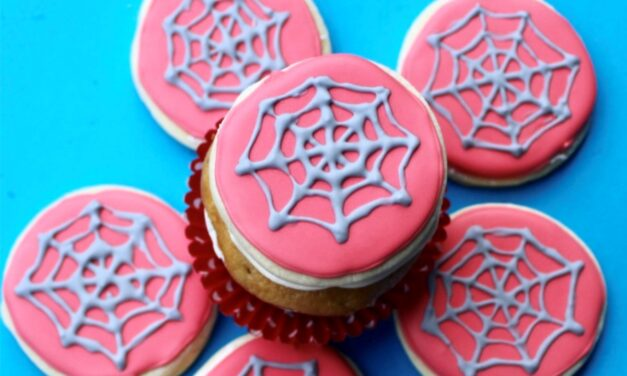 Easy DIY Spider-Man Cookies